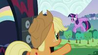 Applejack giving Twilight the signal S5E24