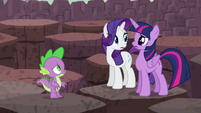 Twilight and Rarity look at each other S6E5