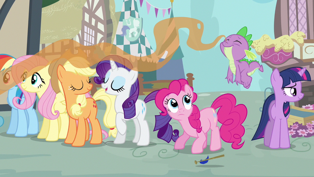 File:Rarity & Spike sweet smelling food S3E4.png