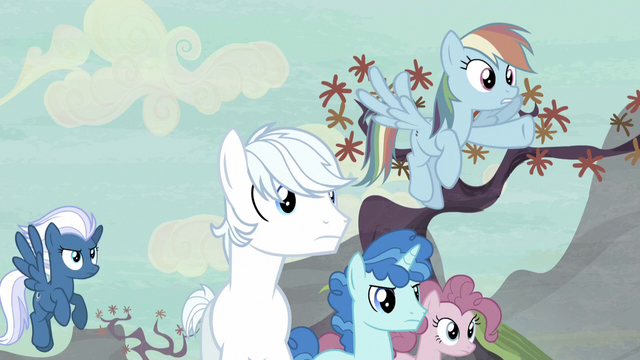 File:Rainbow Dash sees Starlight in the distance S5E2.png