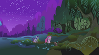 Pinkie Pie to Twilight 'What those things are good' S1E02