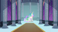 Princess Celestia walks through castle corridor S4E01