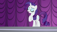 Rarity introduces herself to the crowd S5E14