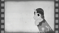 Hoofdini inside a cannon barrel S6E6