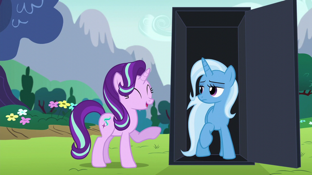 File:Starlight Glimmer gives a short laugh S6E6.png