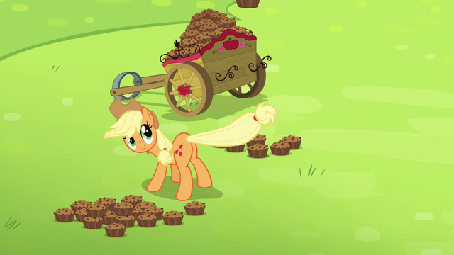 File:Applejack flings a betty with her tail S4E10.png