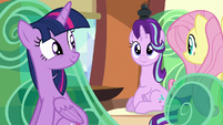 Twilight and Starlight smiling at each other S6E2