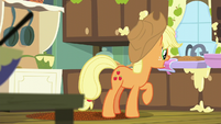 Applejack sets tray of pies down S6E10