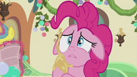 Pinkie Pie confuses herself S5E20