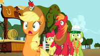 Apple family shocked S2E15