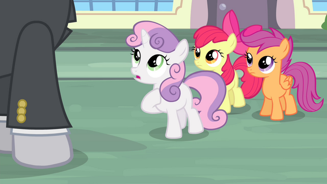 "File:Sweetie Belle ""I'm Sapphire Shores' designer's sister"" S4E19.png"