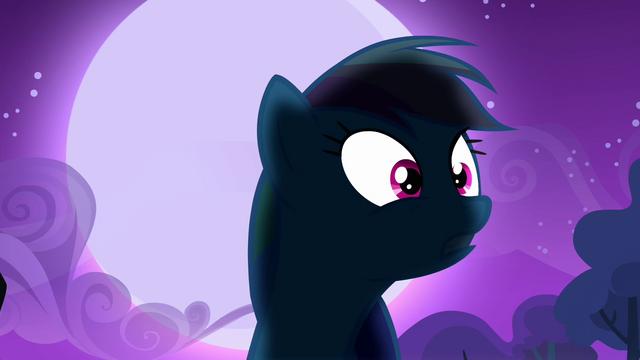 File:Rainbow Dash's silhouette S3E6.png