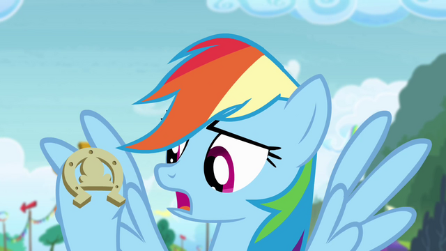 File:Rainbow with horseshoe S4E10.png