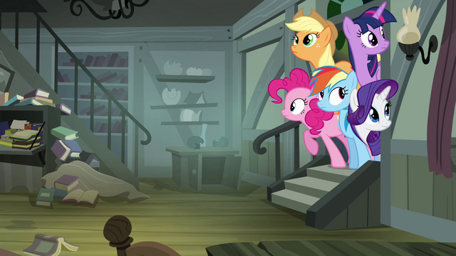 File:Other ponies peeking into Daring's house S4E04.png