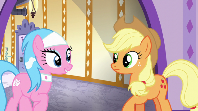 File:Aloe impressed with Applejack's work S6E10.png