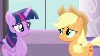Twilight talking to Applejack S4E01