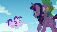 Starlight points at Princess Twilight S5E26