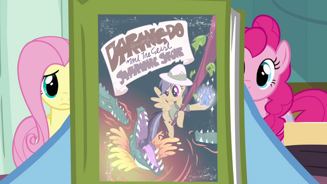 Datei:Rainbow Dash holding Daring Do book S2E16.png