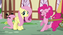 Pinkie backs up very fast S5E19