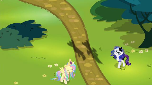 "File:Rarity dressed as Luna ""nooooo!"" S4E21.png"