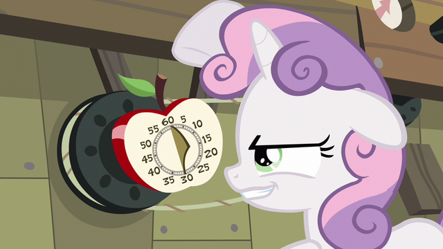 File:Sweetie Belle diabolic smile S3E4.png