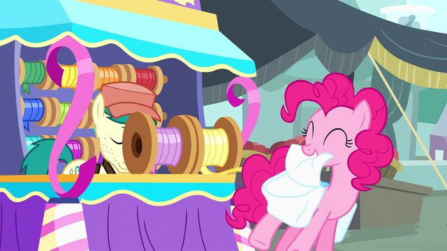 File:Pinkie Pie being given streamer S4E12.png