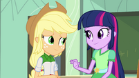 Twilight encourages Applejack EG