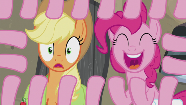 File:Pinkie Pie with nineteen hooves S5E20.png