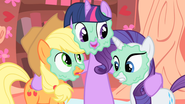 File:Twilight, Rarity and Applejack with mud masks S1E8.png