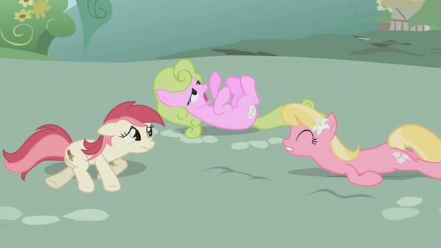 File:Daisy, Lily and Rose wake up S1E4.png