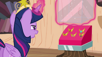 Twilight readies the Elements of Harmony S4E01