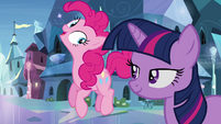 Twilight and Pinkie in the crystal city S03E12