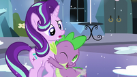 Spike hugs Starlight S6E2