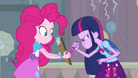 Twilight writes her name down EG