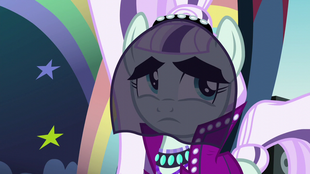 File:Countess Coloratura feeling uncertain S5E24.png