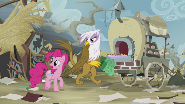 File:Pinkie alerts Gilda about Rainbow S5E8.png