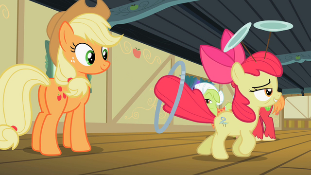 File:Apple Bloom walking away S2E06.png