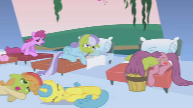 File:Lemon Hearts sick S1E4.png