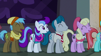 Manehattan ponies standing in line S6E9