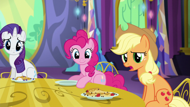 "File:Applejack ""is there somethin' you wanna tell us?"" S5E3.png"