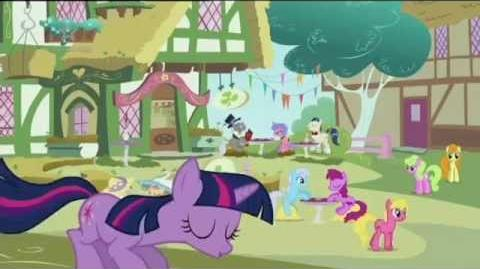 Morning in Ponyville Life in Equestria - Czech