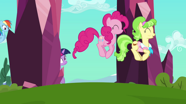 File:Pinkie Pie and Peachbottom hopping S03E12.png