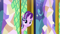 Starlight looking right down a corridor S6E1