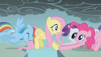 Fluttershy's friends help her along S1E07