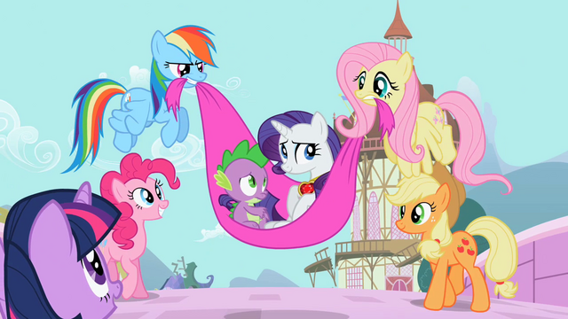 File:Rarity and Spike safe and sound S02E10.png