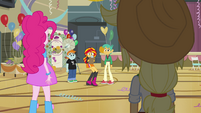 Sunset Shimmer nervous chuckle EG