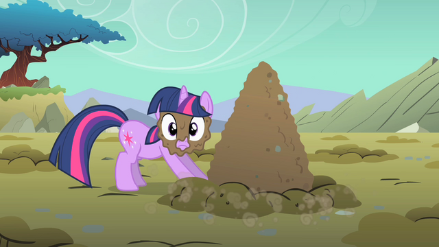 File:Twilight Sparkle mud on face S01E19.png