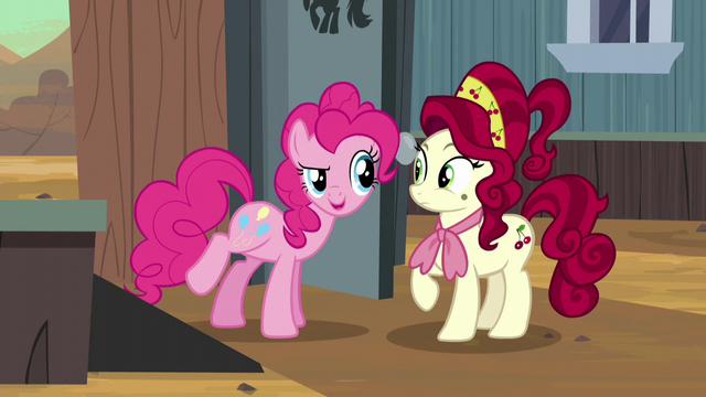 "File:Pinkie ""You look amazing!"" S5E11.png"