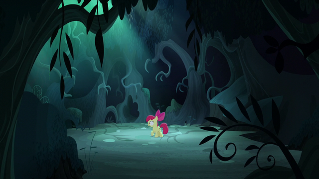 File:Apple Bloom hears a voice S5E4.png