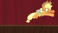 Applejack jumps off the stage S5E16